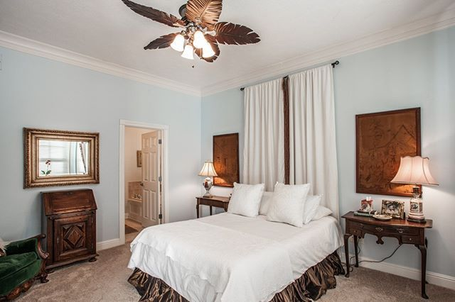 Bright and cheery Master Suite with garden tub deluxe stand up shower and walk in closet!  This home is having an OPEN HOUSE this coming Sunday March 11th 2018 from 2 to 5pm. Stop by and take a look!  2287 Glebe Street Carmel IN 46032  Village of WestClay $599900 http://glebe.callmatt.in  Courtesy of FC Tucker Co.  #talktotucker #fctucker #callmatt #realtor #luxuryrealestate #realestate #indyrealestate #villageofwestclay