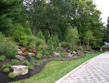 17 best ideas about steep hillside landscaping on for Garden designs for steep slopes