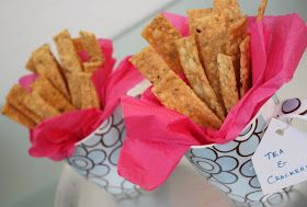 Food Fashion Party: 3 Homemade food gifts - PERFECT Hostess gifts (inc. banana bread, savory crackers recipes)
