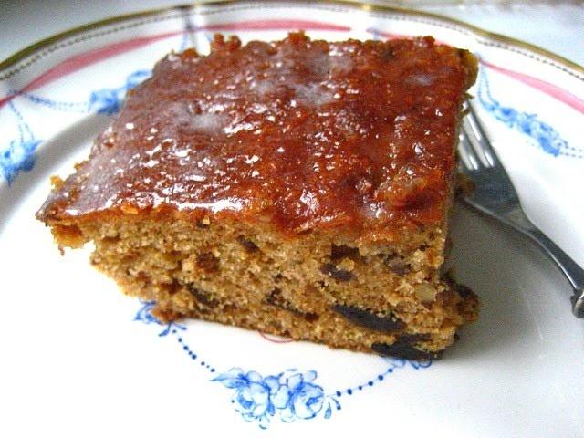 Old Fashioned Prune Cake