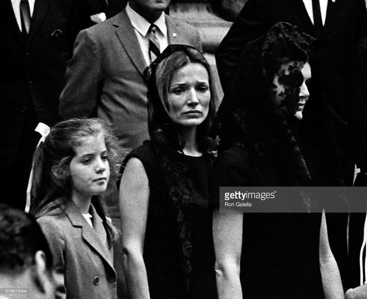 1968-06-09: Caroline Kennedy, Lee Radziwill and Jackie, after Robert Kennedy's funeral.