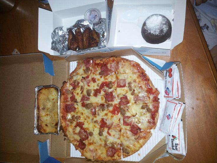Domino's pizza:'''9