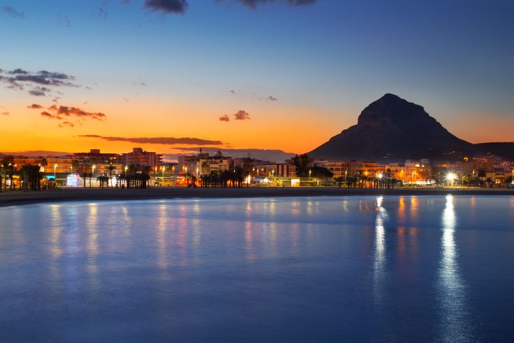The Montgo and the Arenal at sunset.