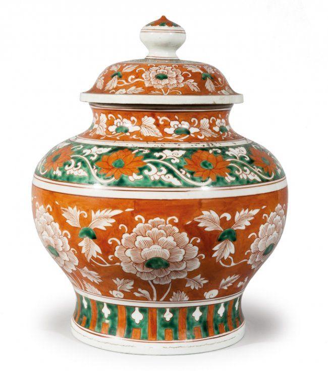 Potiche in porcellana con decoro a fasce floreali verde e rossa, Cina fine sec.XIXh cm 41