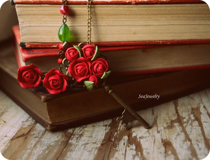 Love. (36 LEI la SeaJewelry.breslo.ro)