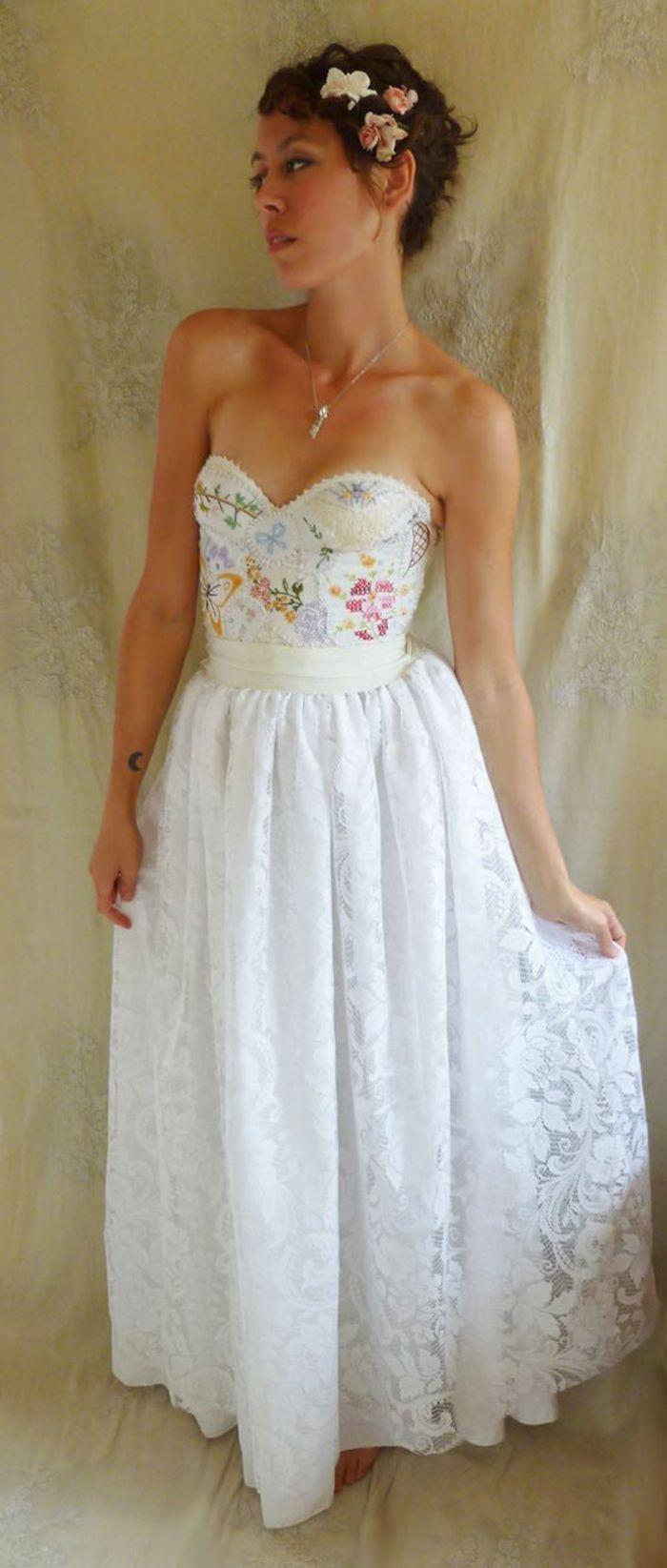 ▷ Hochzeitskleider - ungewöhnliche Öko-Brautkleider