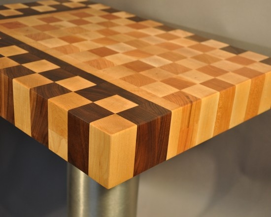 End grain butcher block maple and walnut fun things for Butcher block manufacturers