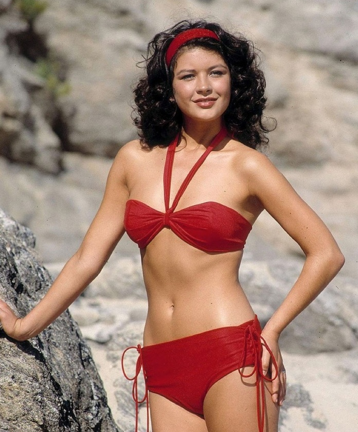 Catherine Zeta Jones Posts Sexy Bikini Pic After