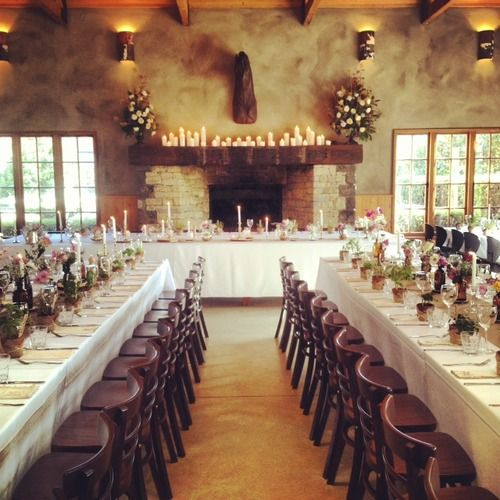 Stables Matakana  The large restaurant with it's experienced staff can cater for weddings of up to 160 with the ability to hold more with added infrastructure on the manicured lawns and courtyards adjoining the dining room.