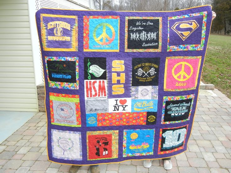 18 best T Shirt Quilts images on Pinterest | Blankets ... : tee shirt quilt makers - Adamdwight.com