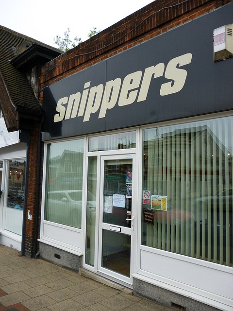 snippers mansfield road sherwood nottingham      Make lots of money