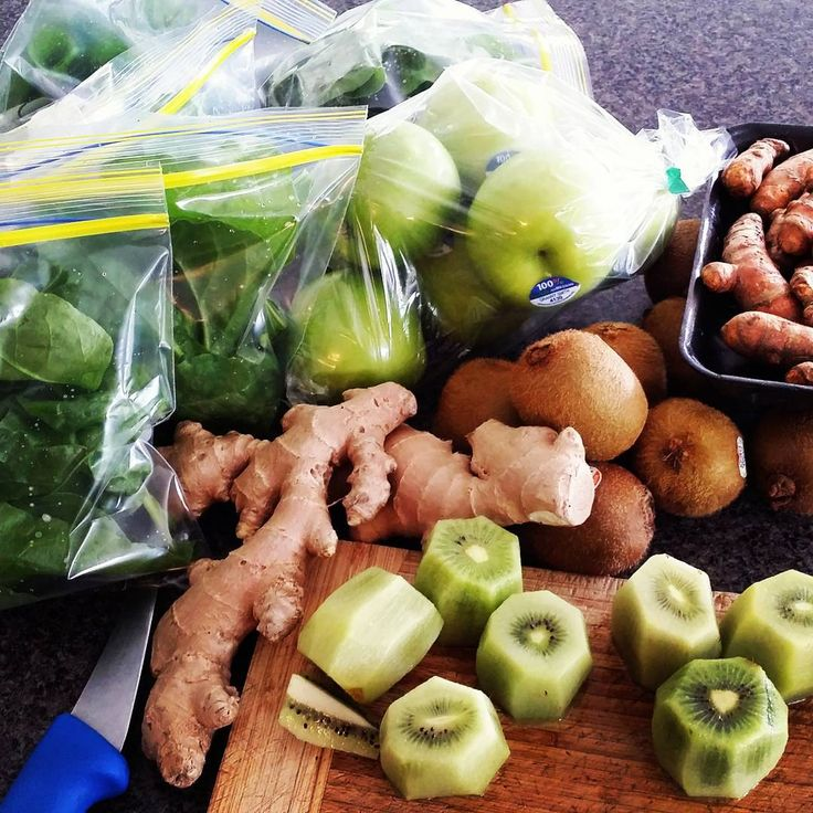 Smoothie prep for next week when I  come home from hospital after a hip op (fingers crossed this means i will be back out running eventually) #cleaneating #refinedsugarfree #raw #glutenfree #dairyfree #wholefoods #homemadegoodness #primal #paleo #paleofoodie #paleofood #paleoeats #paleomad #primalfood #cleaneats #freshisbest #greengoodness  #vegegoodness #primaleats #primalfood