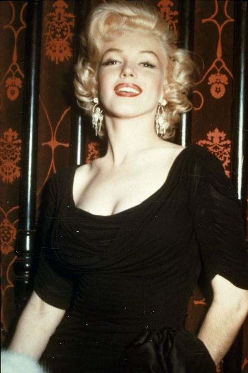 Marilyn at the Some Like it Hot press conference, 1958. #Marilyn Monroe