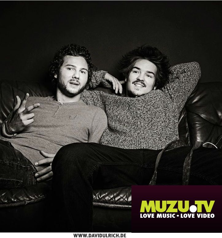 On a rainy afternoon we caught up with Milky Chance the German duo behind the hugely successful track 'Stolen Dance'. Read the whole interview on MUZU.TV! http://www.muzu.tv/blog/2014/05/interview-milky-chance/