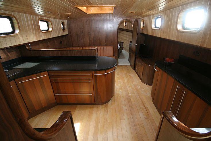 2013 Walker Boats Dutch Barge