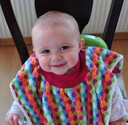 towel bib tutorial: Baby Mom, Baby Bibs Tutorials, Baby Bib Tutorial, Bibs Ideas, Towels Baby, Messy Kids
