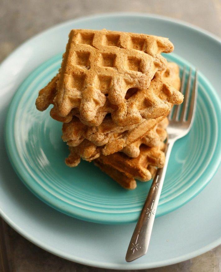 Полезные вафли из нутовой муки к завтраку - лучшее начало дня! Диетические, богатые белком и клетчаткой, вафли из нутовой муки готовятся в электровафельнице