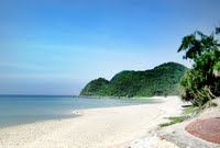 Quan Lan Beach. More information at http://www.reddragoncruise.com/guide/beaches-on-halong-bay/quan-lan-beach