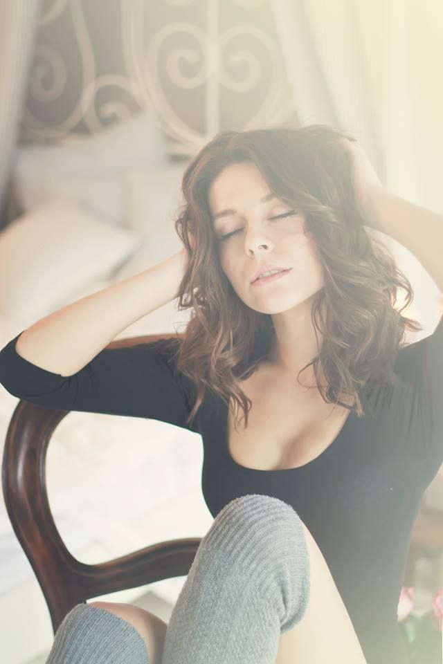 #Ana #sexy #brunette