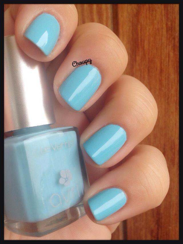 les 25 meilleures id es de la cat gorie ongles bleu clair sur pinterest ongles bleus pastel. Black Bedroom Furniture Sets. Home Design Ideas