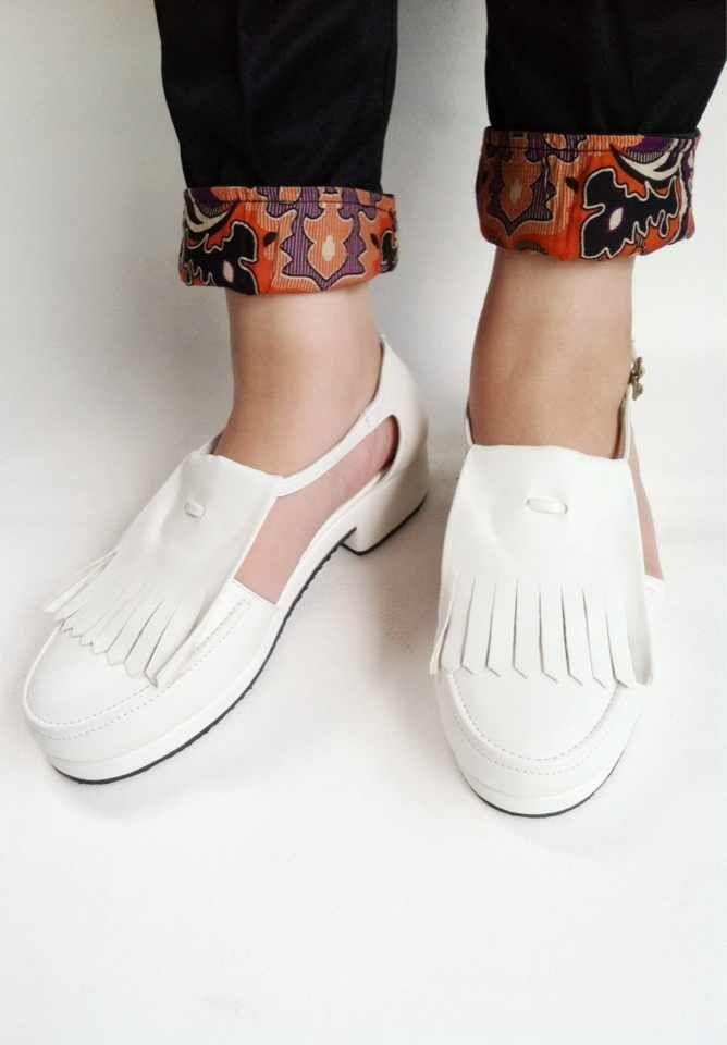 Fringed Shoes. 260k. Contact us by line (arfemima) #sepatu #shoes #sepatumurah #shoesmurah #localbrandid #madeinindonesia