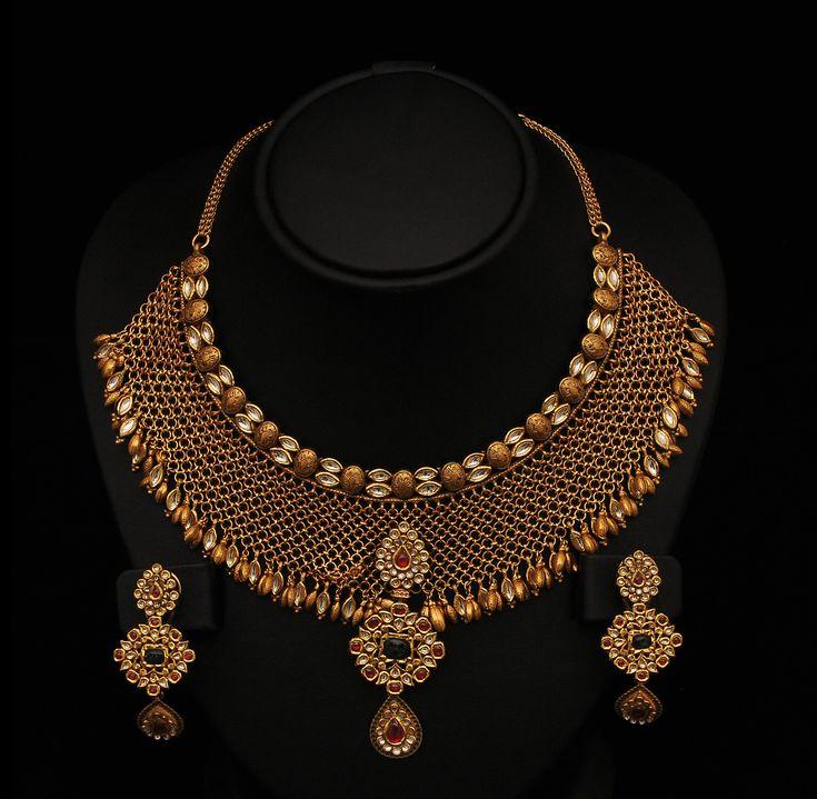 Gold Jewellery Designs | SUDHAKAR GOLD WORKS: kundan jewellery & Necklace's designs