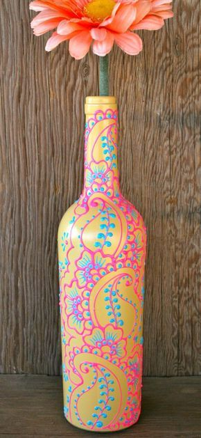 Henna Style Painted Wine Bottle. Love these colors, and the Bohemian paisley…