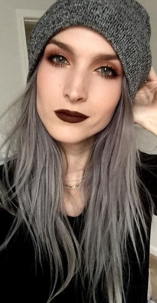Grey hair looking great on a young pretty woman   Grey ...