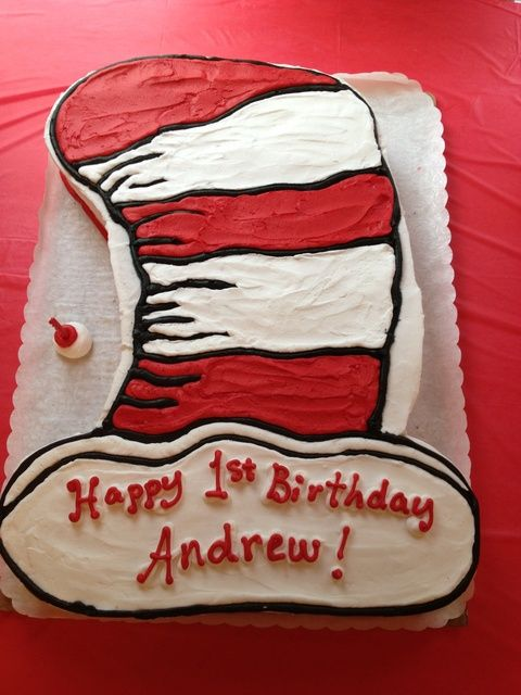 Cake at a Dr. Seuss Party #drseuss #partycake