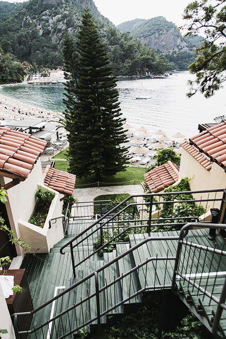Hillside Beach Club, Istanbul, Turkey (Park and Cube)