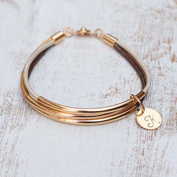 Tubo oro bar pulsera cuero inicial joyería personalizada estampada de Dama de honor boda regalo novia diminuto brazalete amistad encanto