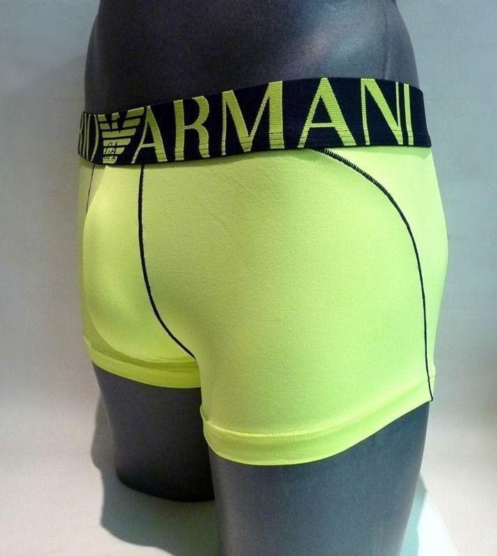 #Boxer Emporio Armani trunk microfibra amarillo fluor - ENVÍO 24/48h - Nuevo boxer con una microfibra aún más suave y sedosa, para un ajuste perfecto.  #calzoncillos #modahombre #hombre http://www.varelaintimo.com/marca/35/armani