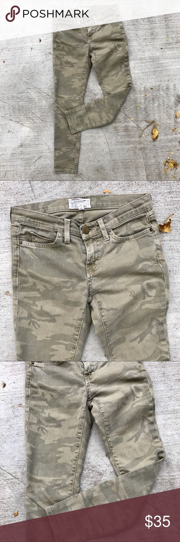 Current / Elliott Camouflage Skinny Jeans Good condition! No rips, stains or tears. Actual measurements:  Waist: 27 inches Inseam: 24 inches Length: 34 inches Current/Elliott Jeans Skinny