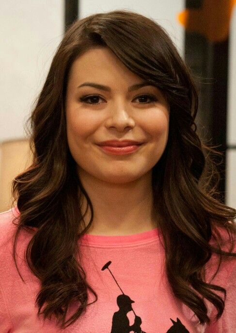 Miranda Cosgrove ♥ is Beautifull..