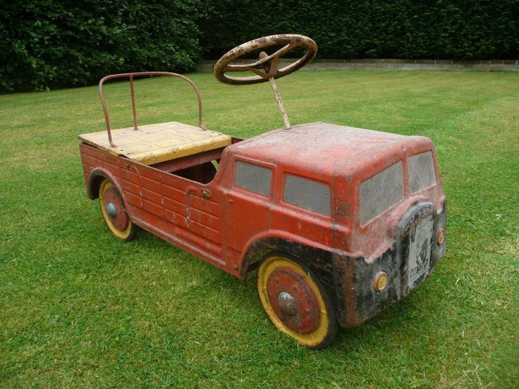 1950s mobo haulalage lorry pedal car