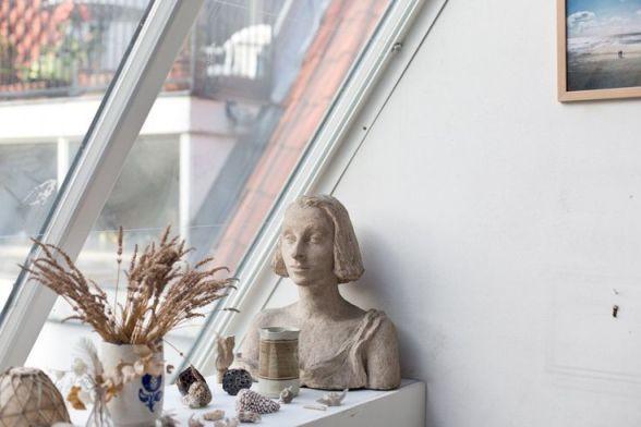 Atelier d'artiste : la décoration d'une centenaire surprenante