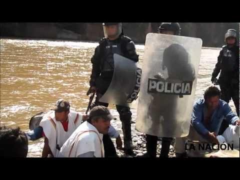 Así fué el desalojo en el Quimbo - Huila - YouTube