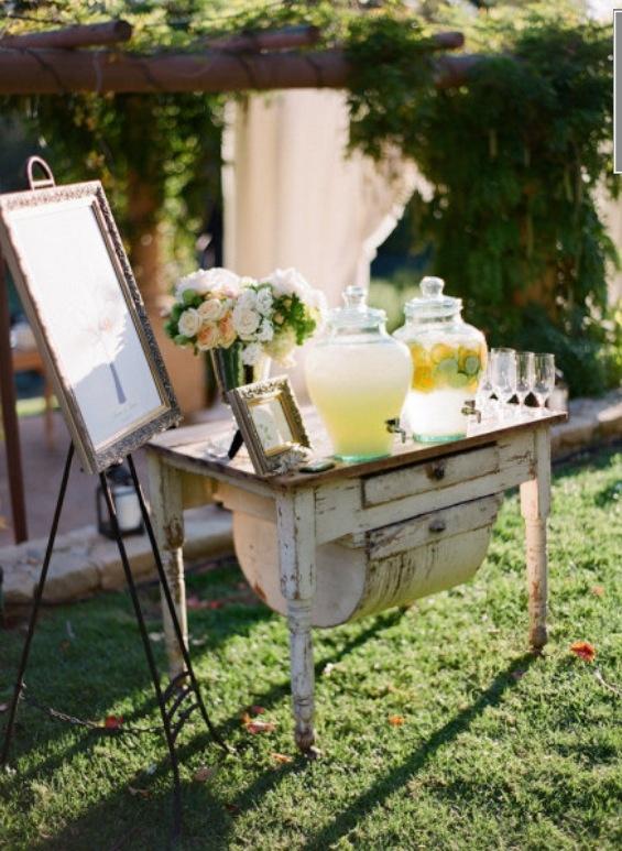 love this sweet little lemonade stand! Outdoor wedding