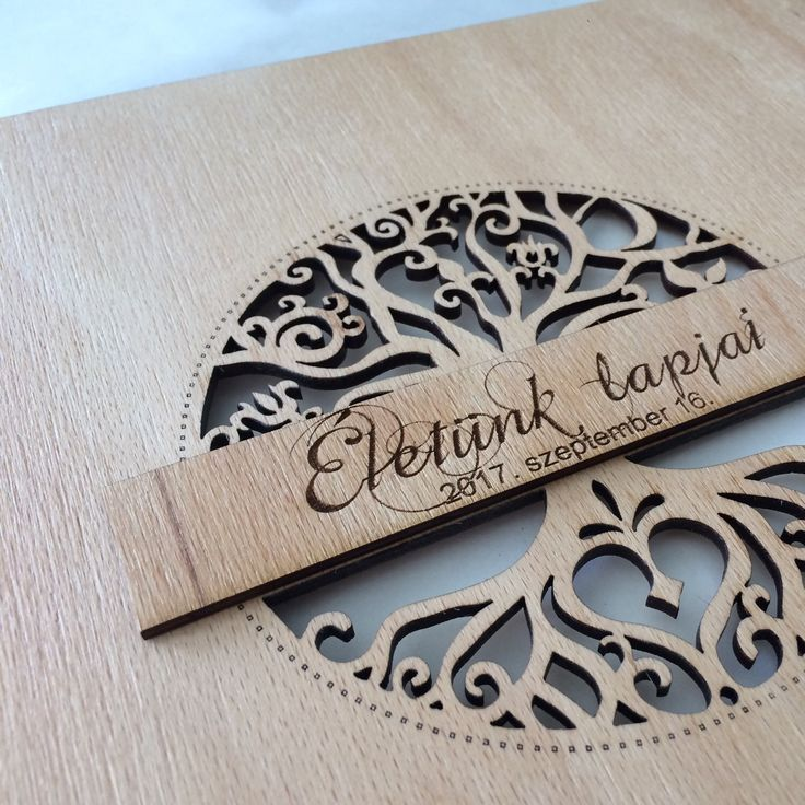 Ideal for wedding guestbook or photoalbum.