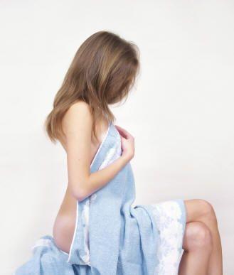 Le moyen du psoriasis du cuir chevelu