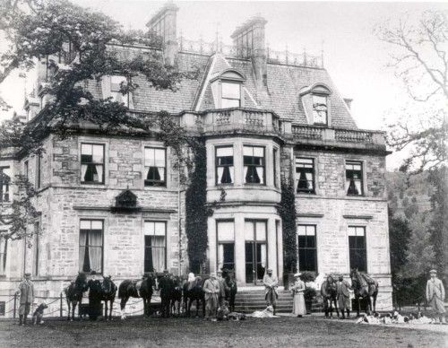 Guisachan House in the 1890's.  Lord Tweedmouth lived on his estate during the summer months.  He was an avid hunter and developed Guisachan into a grand estate and he and Lady Tweedmouth moved in the highest echelons of Victorian society.  In 1868 'Nous' a yellow retriever was mated to a Tweed Water Spaniel named 'Belle'. They produced four yellow female puppies which Tweedmouth named 'Ada' 'Primrose', 'Crocus' and 'Cowslip' the first litter of Golden Retrievers.  Photo:retrieverman.net