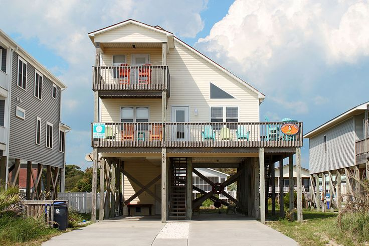 A Most Steller Place is a 4 bedroom, 4 bathroom Oceanview vacation rental in Oak Island, NC.