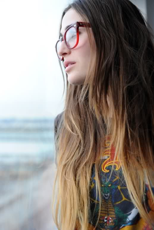 ombre hair.Red Glasses, Messy Hair, Ombre Hair, Colors, Long Hair, Hair Style, Hair Trends, Hair Color, Hipster Hair