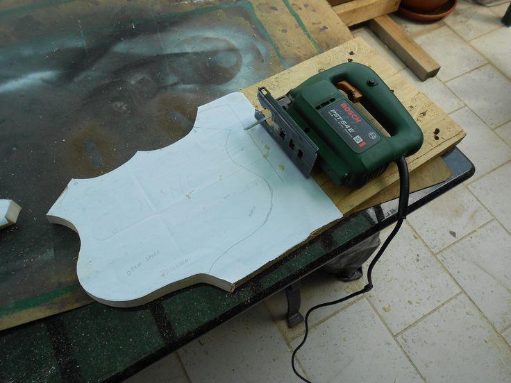 Costruire un gagliardetto in legno