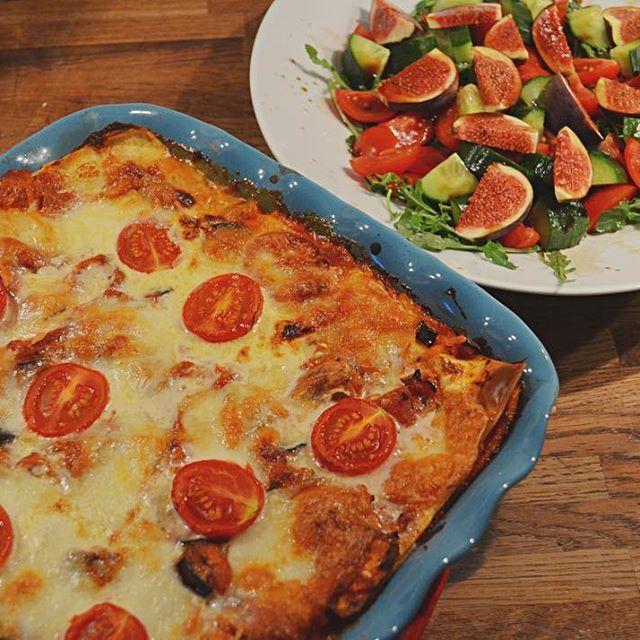 Vegetarisk lasagne med chevreost och fikonsallad  Länk i bio! #lasagne #lasagna #fikon #sallad #mat #recept #godmat #vegetariskt #vegetarian #vegetarisklasagne #chevre #food
