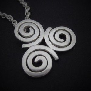 Sterling Silver Newgrange Triple Spiral / Triskele Pendant