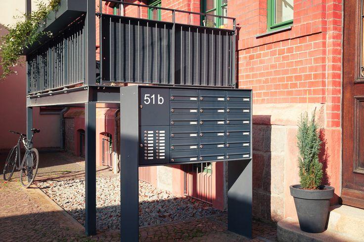 Freistehende Briefkastenanlage in vielen Farben und Ausführungen. Made in Germany.