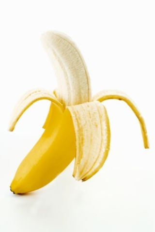 16 Foods That Are Scientifically Proven To Make You Happier ~ Everyone knows bananas are full of potassium, but what you may not know is that they also contain tryptophan, a brain chemical that helps to regulate mood, according to Ara DerMarderosian, University of the Sciences. Bananas are also a good source of B vitamin folate, and having low levels of the vitamin has been linked to depression.  Eat until your heart's literally content.