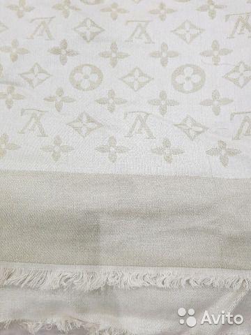 3d1801cb28fa Шаль Louis vuitton— фотография №3 | авито | Roman Shades, Curtains и ...