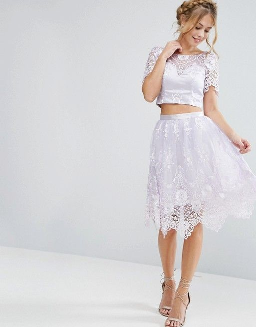 ASOS (UK) Midi Skirt in Scallop Lace in color ofLILAC GRAY paired with tastefully cropped short-sleeved blouse with matching scalloped lace pattern. ||| Chi-Chi-LONDON |||